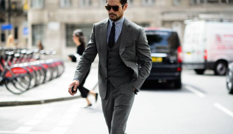 Properly Wear a Suit