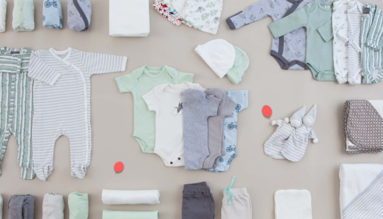 choose baby clothes